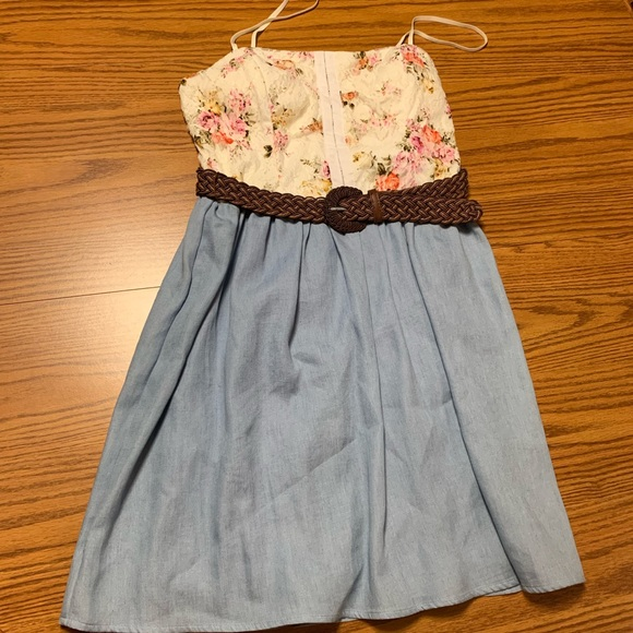 City Triangles Dresses & Skirts - Summer cami lace denim dress SIZE 7 JUNIORS nwt